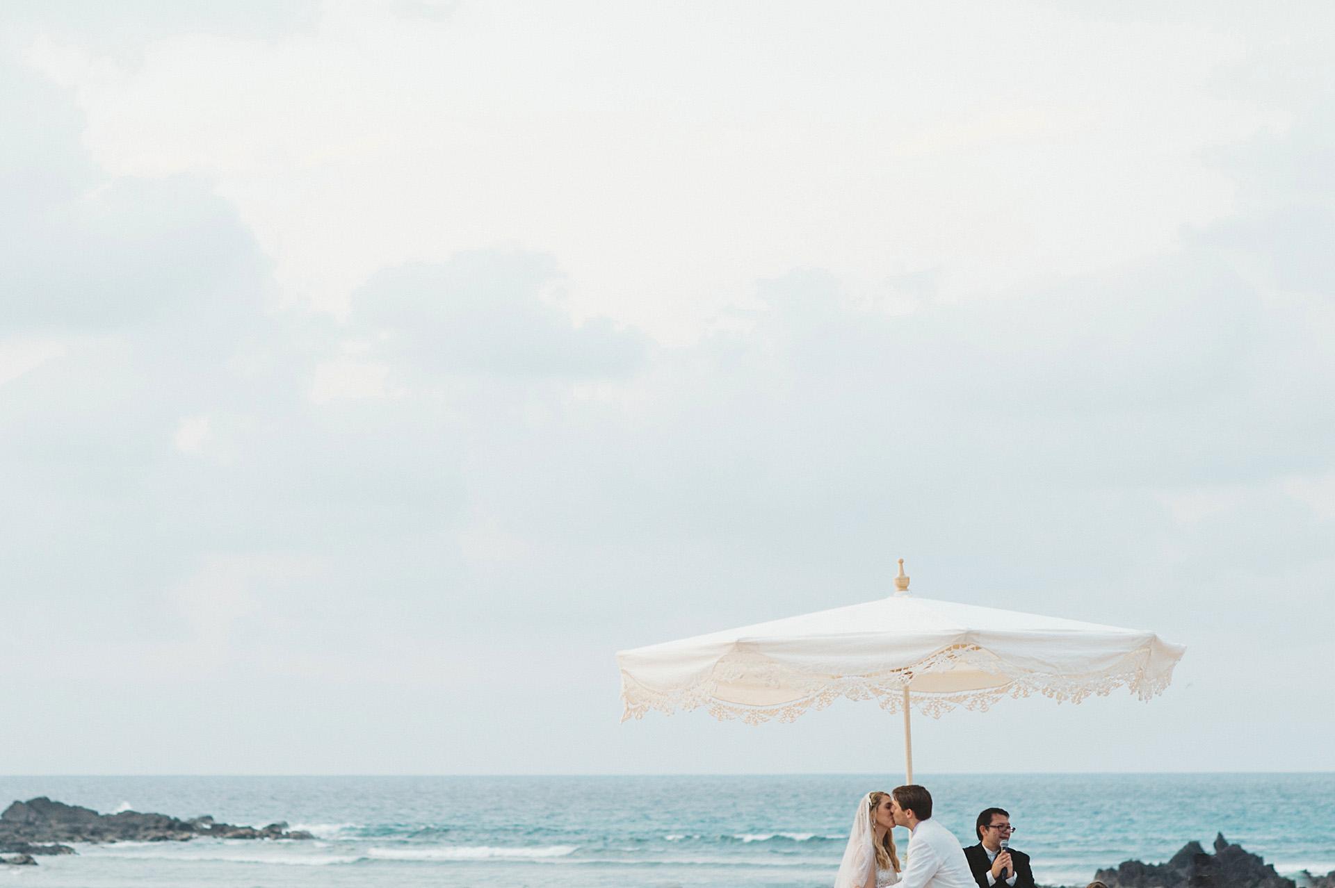 st regis beach wedding